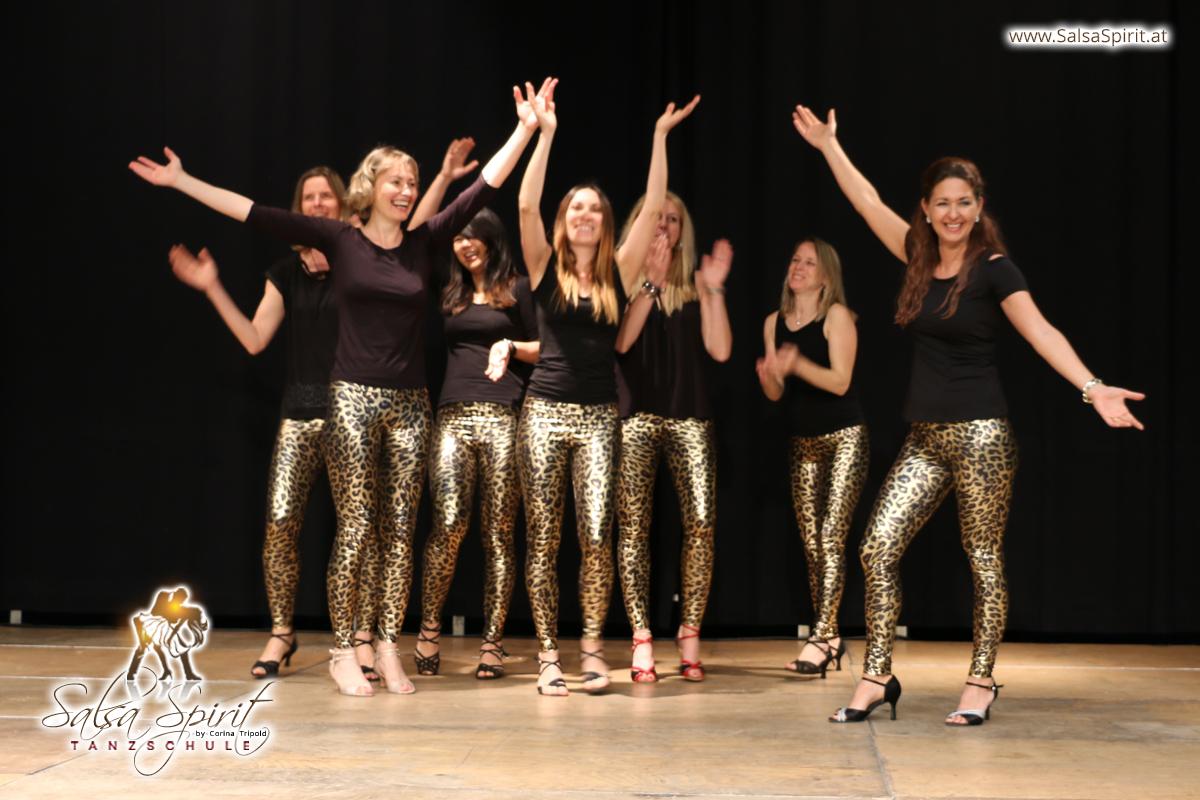 Tanzschule-Salsa-Spirit-Auftritt-Show-2018-Messe-0007