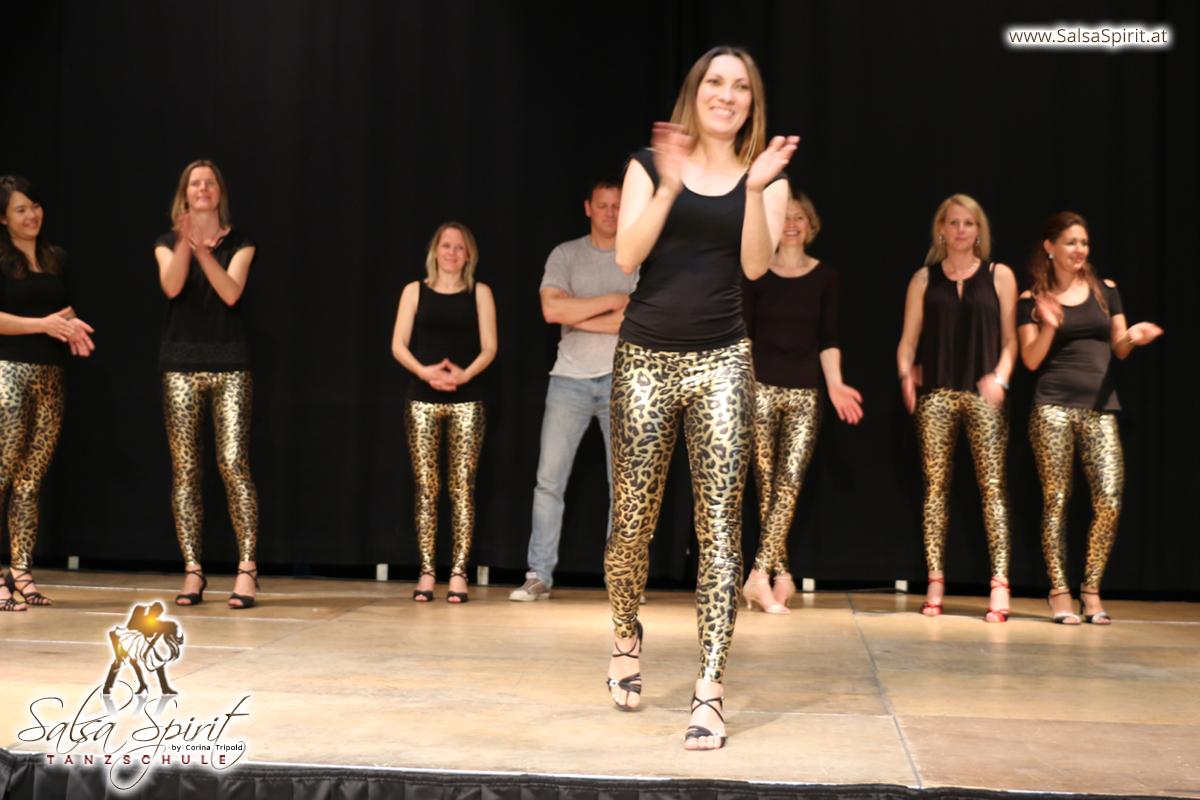 Tanzschule-Salsa-Spirit-Auftritt-Show-2018-Messe-0014