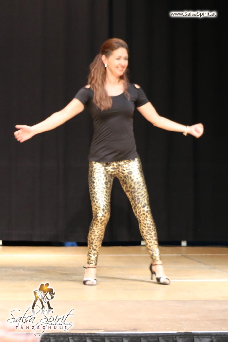 Tanzschule-Salsa-Spirit-Auftritt-Show-2018-Messe-0015