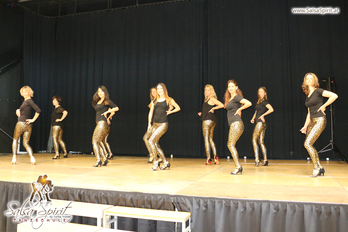 Tanzschule-Salsa-Spirit-Auftritt-Show-2018-Messe-0017