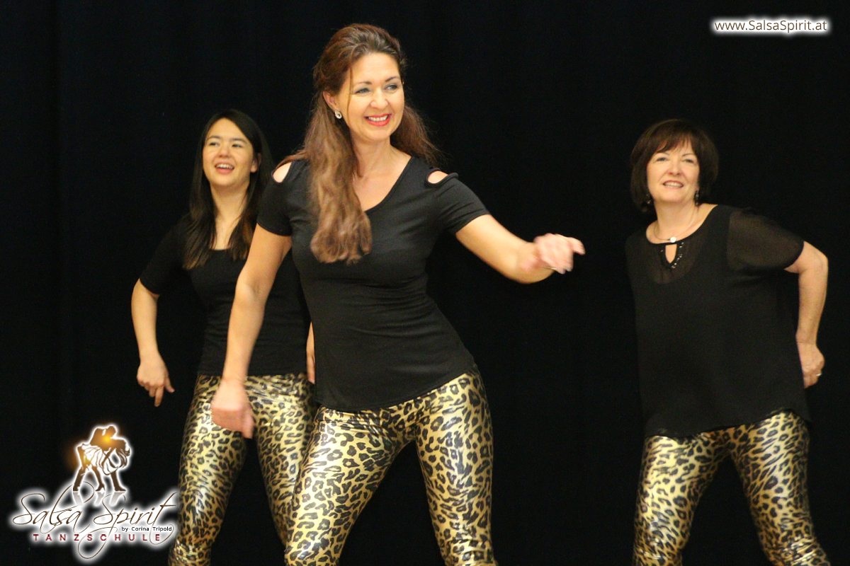 Tanzschule-Salsa-Spirit-Auftritt-Show-2018-Messe-0031