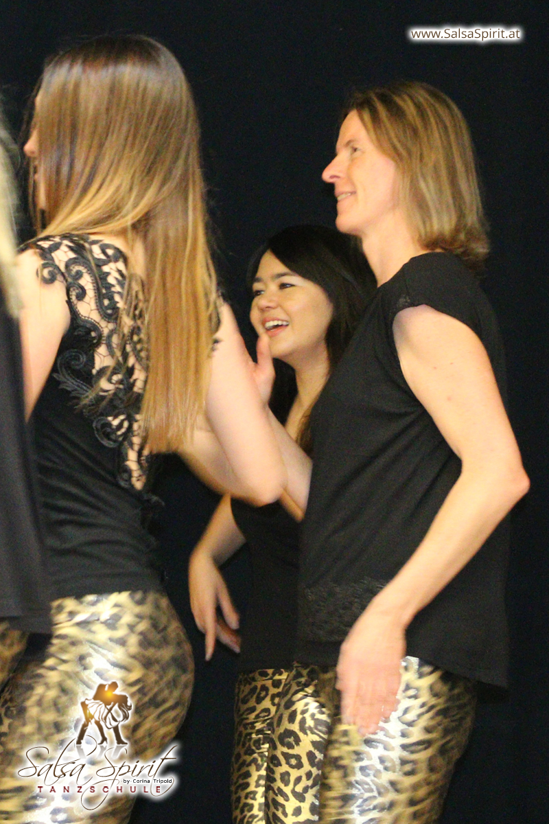 Tanzschule-Salsa-Spirit-Auftritt-Show-2018-Messe-0042