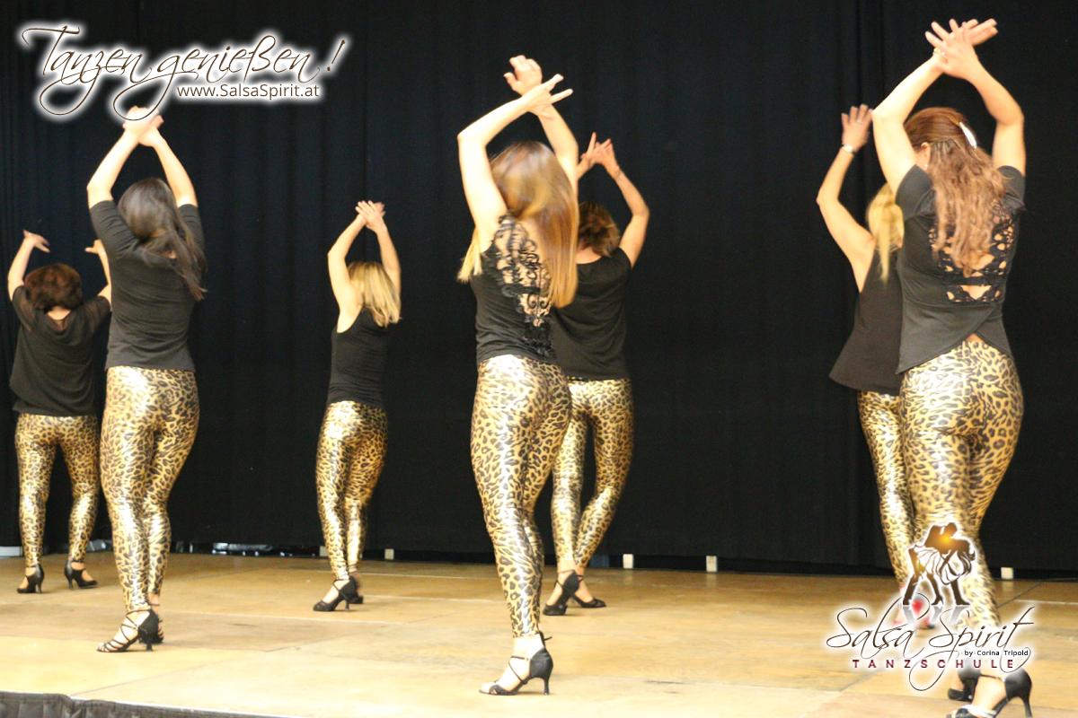 Tanzschule-Salsa-Spirit-Auftritt-Show-2018-Messe-0043