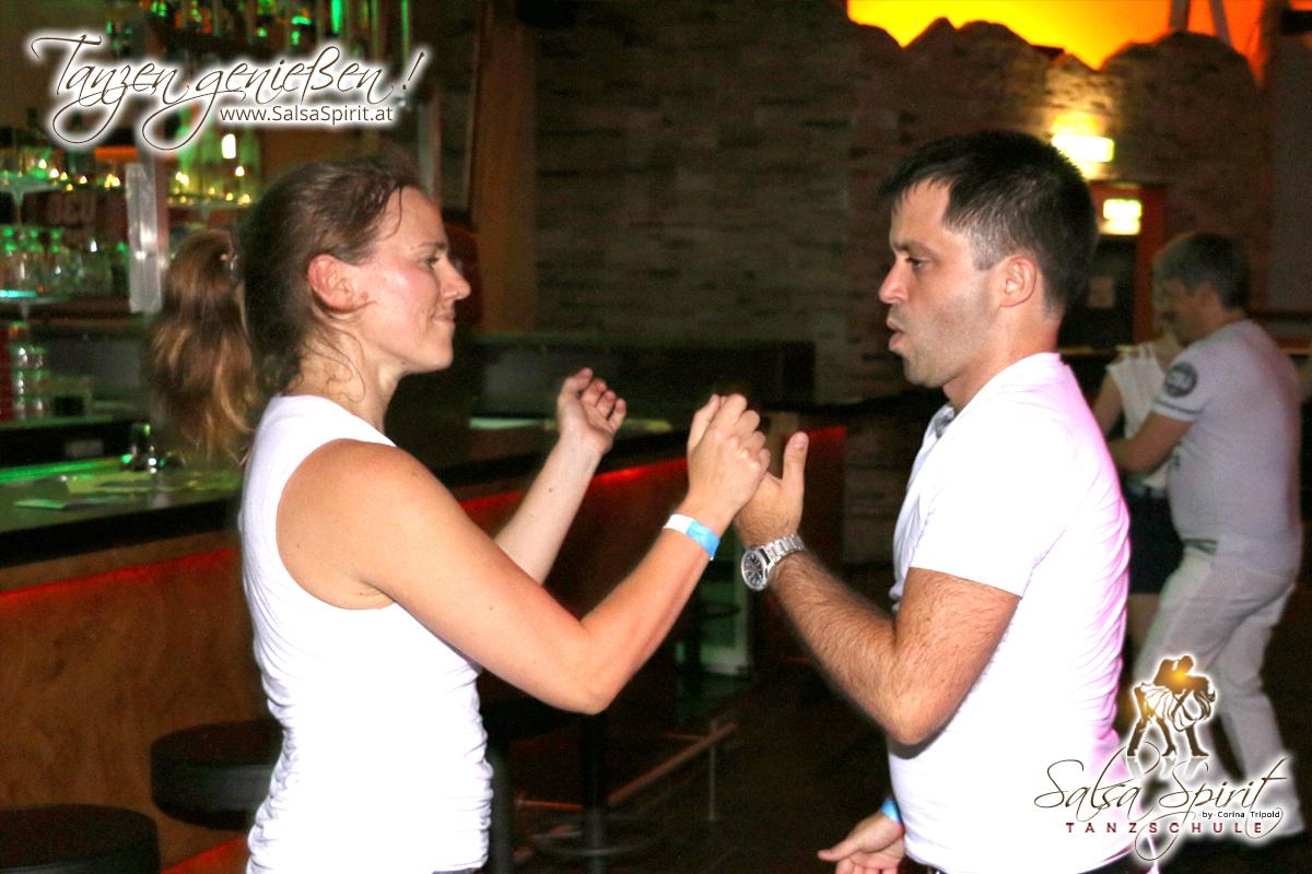 1-Tanz-Party-Salsa-Kizomba-Bachata-Fete-Blanche-29