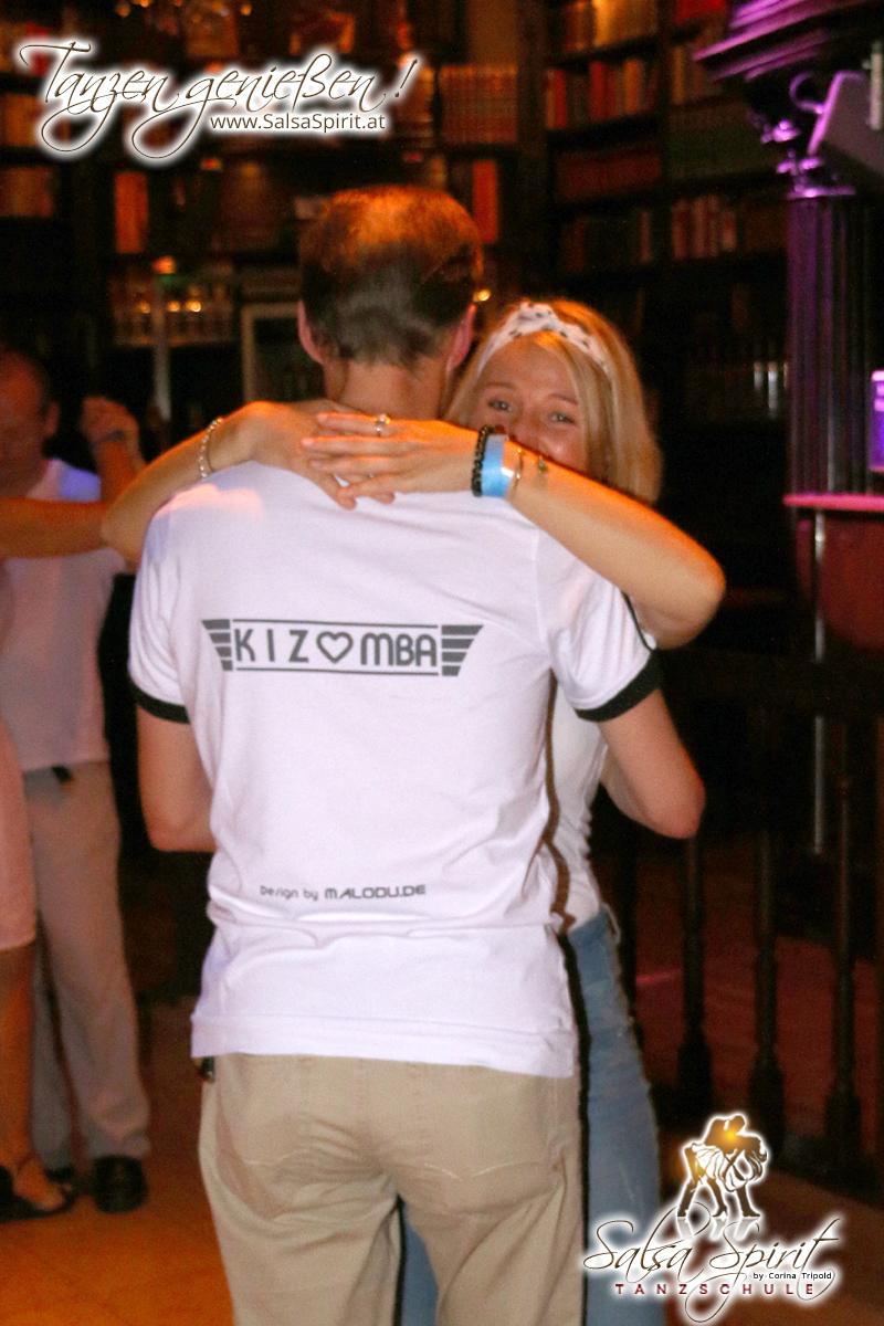 1-Tanz-Party-Salsa-Kizomba-Bachata-Fete-Blanche-43