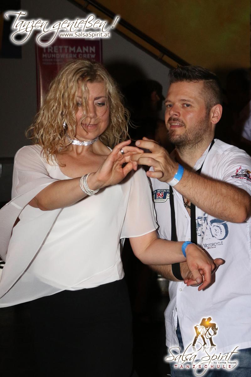 1-Tanz-Party-Salsa-Kizomba-Bachata-Fete-Blanche-45